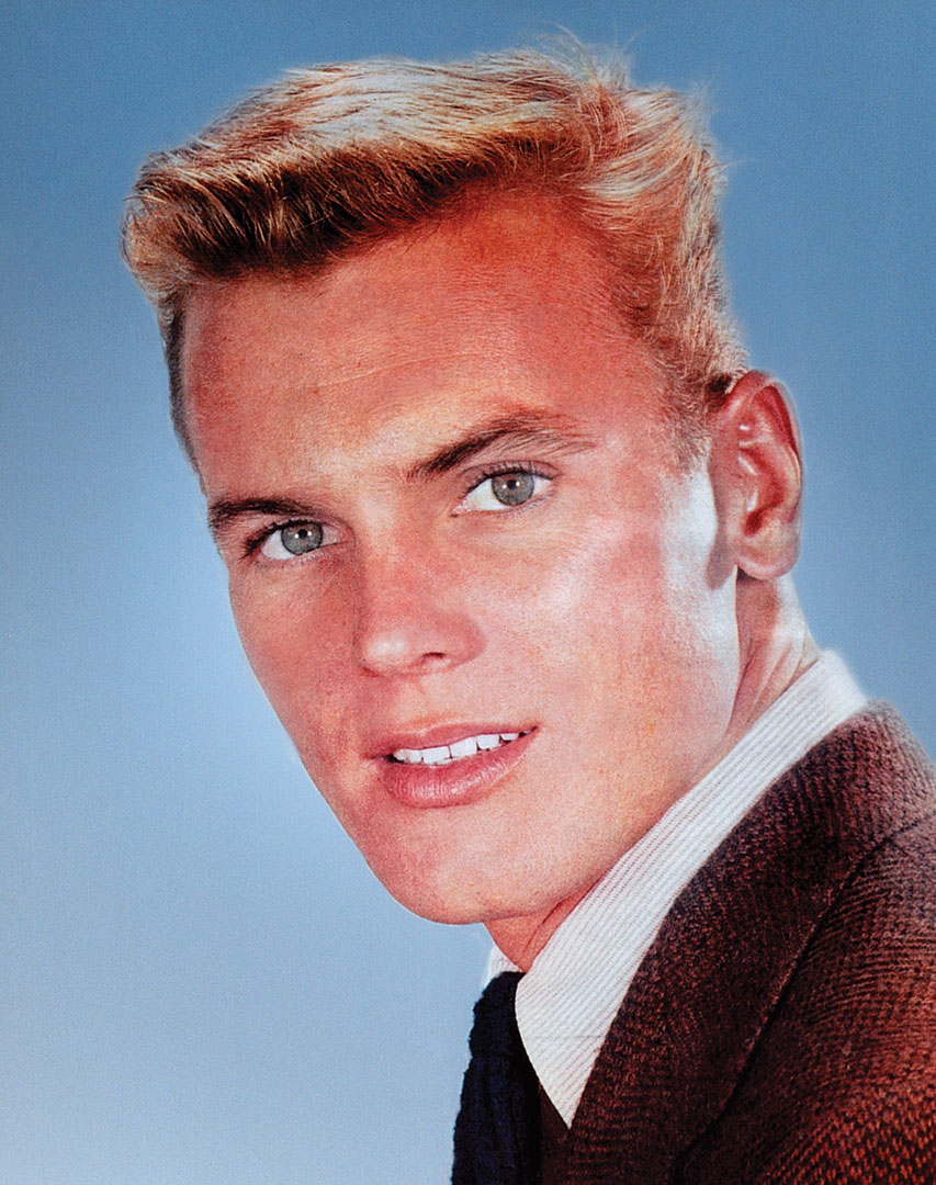 tab hunter red sails in the sunset