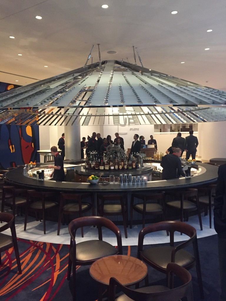 The circular bar inside the Portman namesake restaurant, JP Atlanta.