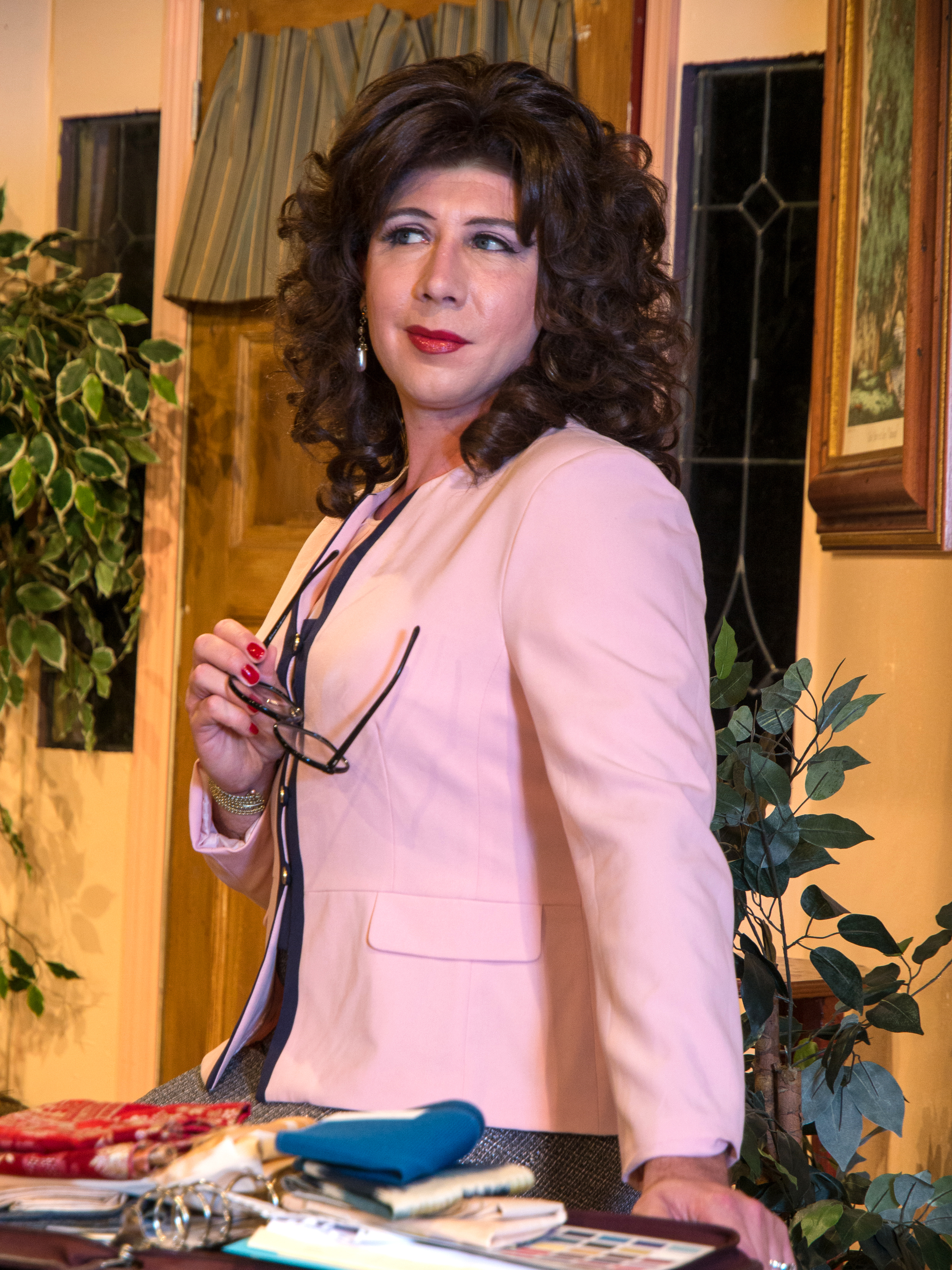 """Payne as Julia in Process Theatre's """"Designing Women Live"""""""